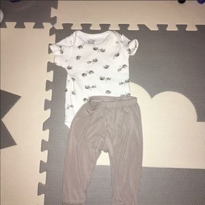 Gymboree One Pieces - Baby clothes bundle. Ranging brands
